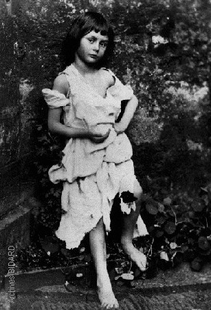 Archives BIDARD - Lewis CARROLL - Photo petite fille